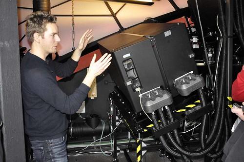 Erik Sundén visar tekniken