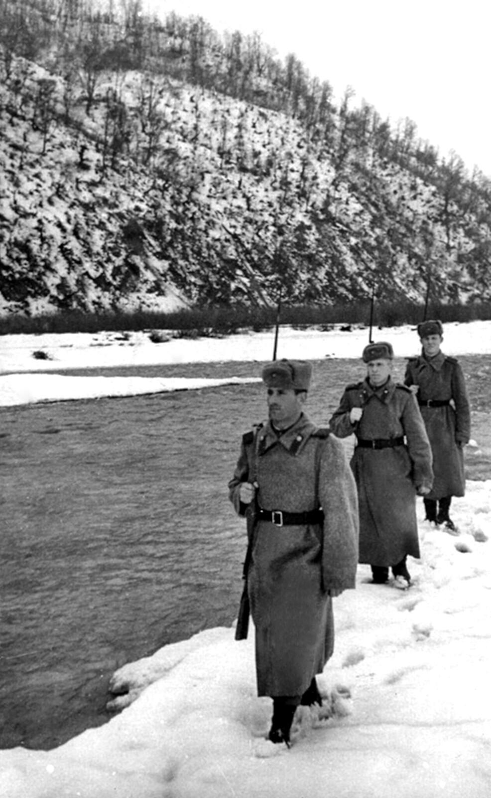 1946. Пограничники в Карпатах. Февраль