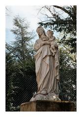 Vierge à l'enfant - Théméricourt - Photo of Santeuil
