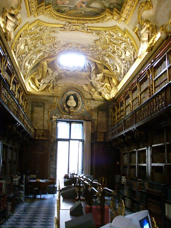 800px-Biblioteca_Riccardiana