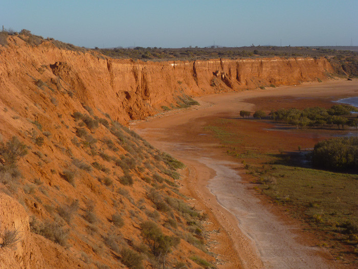 Red Cliffs - Matthew Flinders Lookout.