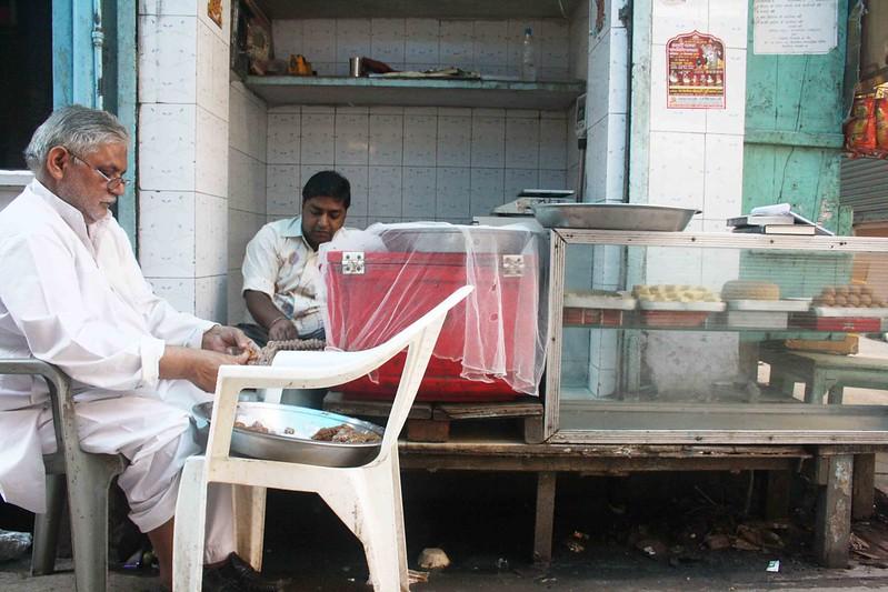 City Food - Mathura ka Peda, Kucha Pati Ram