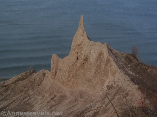 This formation - to my best recollection - is called Dragon's Back at Chimney Bluffs State Park, New York