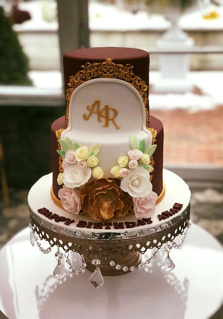 Cake by Hummingbird Bake Studio