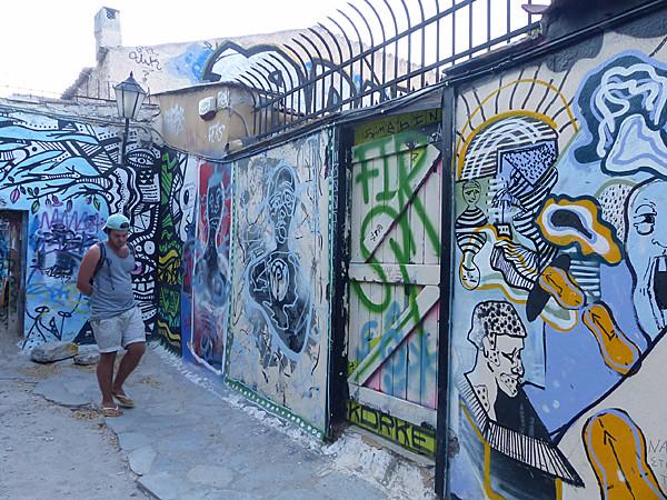 street art sous l'acropole