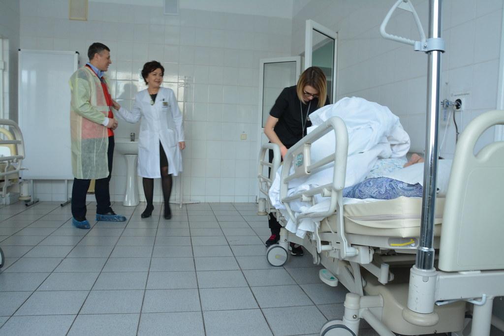Функціональні ліжка для закладів охорони здоров'я