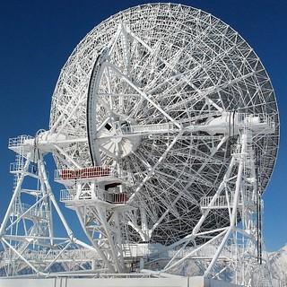 Badary radiotelescope astronomique projet quasar, Tounka, Sibérie  © Bernard Grua