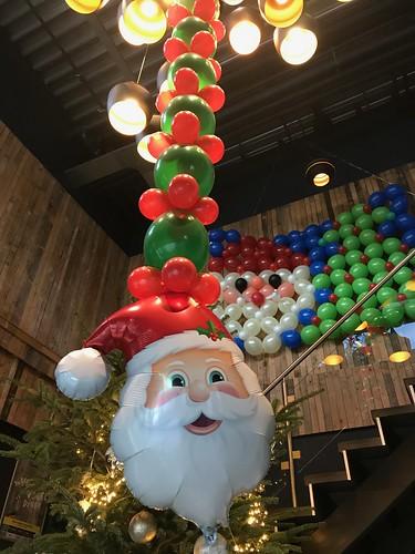 Ballonslinger Kerstman Kerst Watertuin Spijkenisse