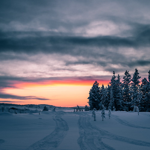 Cold Sunset - Ivalo, Finland - Landscape photography