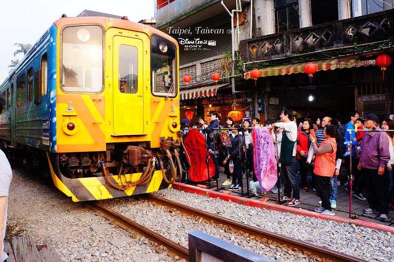 2015 Taiwan Taipei Pingxi Station 4