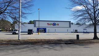 Toys R Us N Military Highway Norfolk, VA