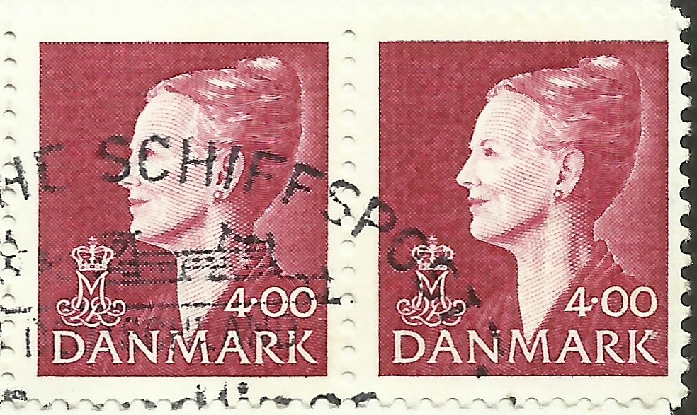 Denmark - Scott #1114 (1999) pair from booklet pane