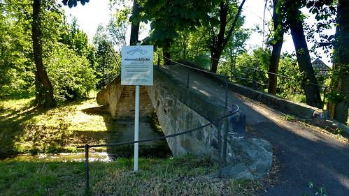 2014.06.12  Die Himmelsbrücke ist eine gemauerte Bogenbrücke über den Sohlander Dorfbach in Sohland an der Spree  (37)