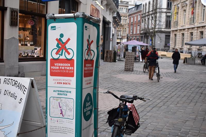 Prohibida la circulación en bicicleta entre las 11 y las 18