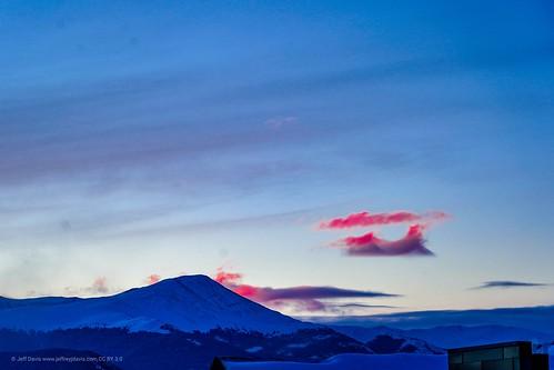 sunrise sunlight mountain mountains breckenridgecolorado breckenridge sonyalpha sonya7iii