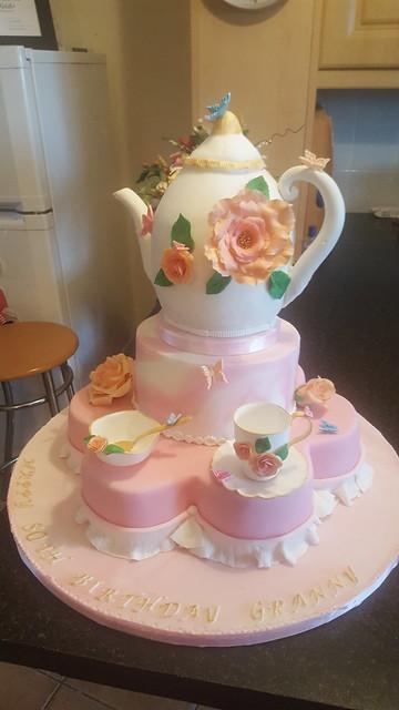 Cake by Iren Gedo