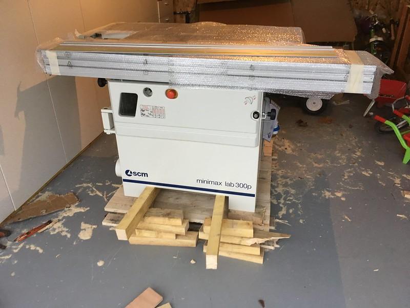 Minimax Lab 300