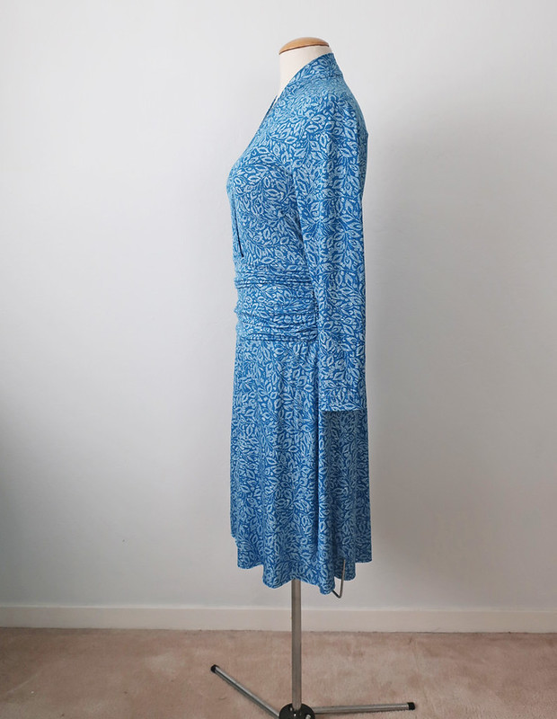 teal jersey dress side view form