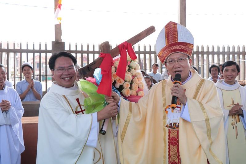 Giáo xứ Văn Phú