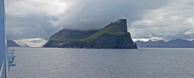 Threading Through the Faroe, Canon POWERSHOT ELPH 330 HS