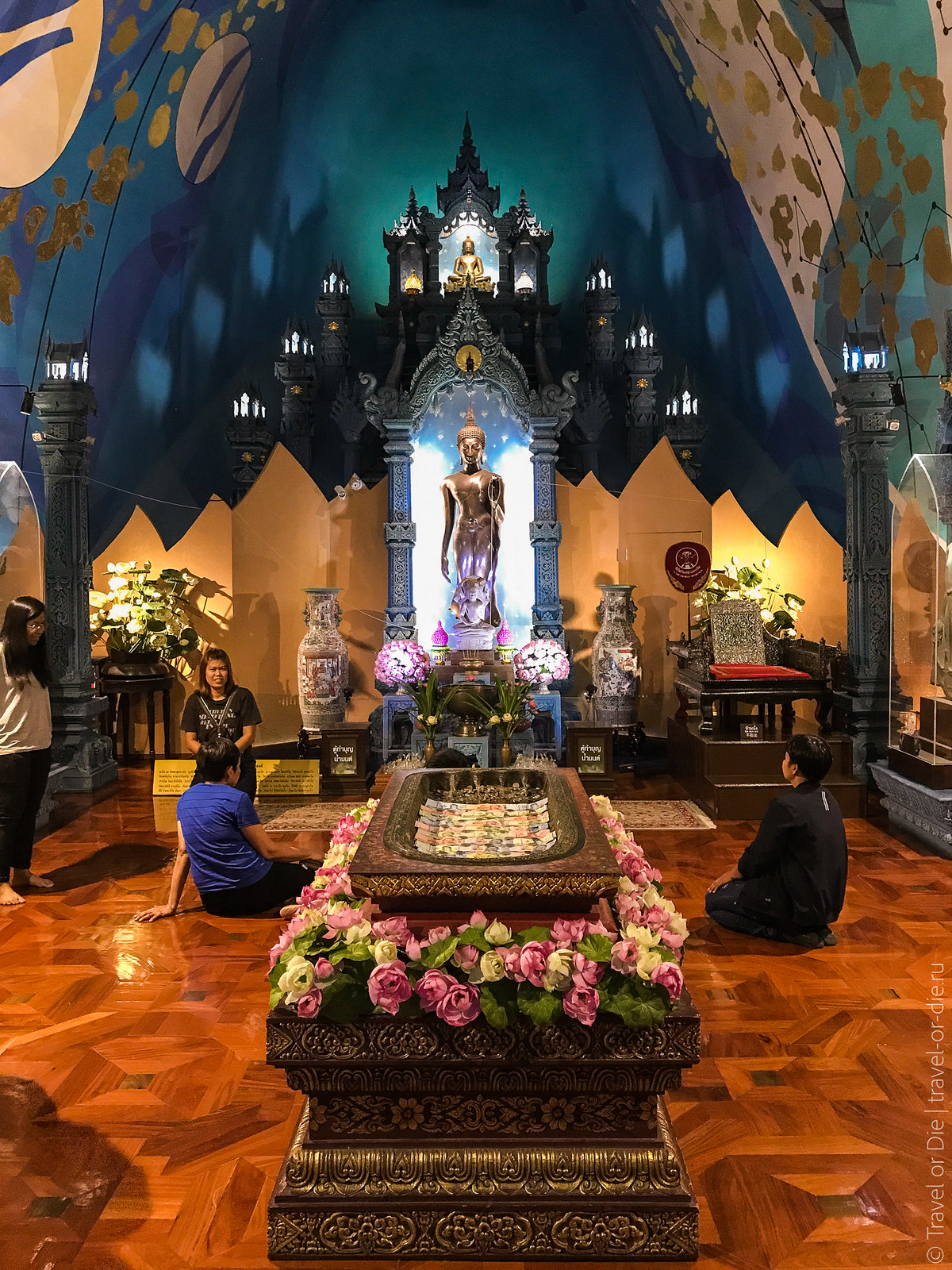 Erawan-Museum-Bangkok-iphone-9672