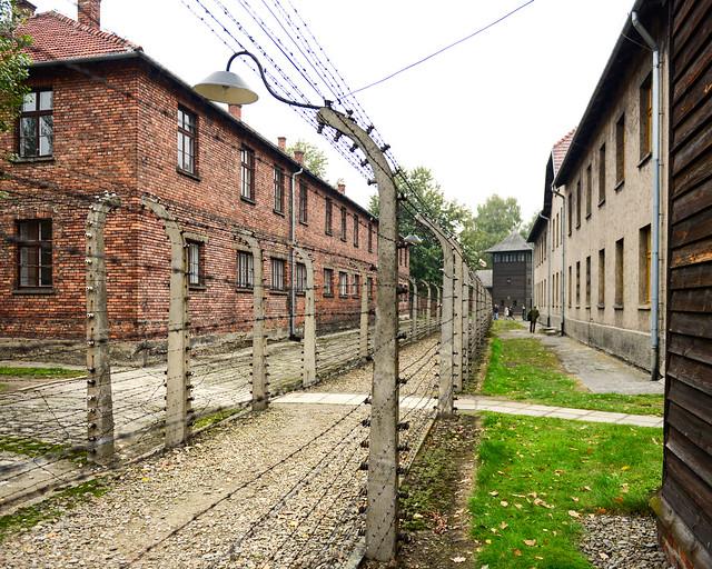 Barracones de Auschwitz que vimos durante la excursión al campo de concentración de Polonia