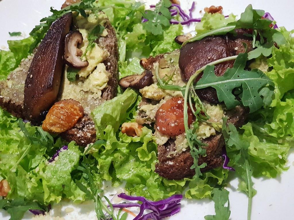 牛油果波特贝勒菇吐司 Le Acocado Portobello Sourdoug Toast rm$15.90 @ Lefood Subang SS18