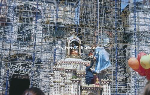Giugliano in Campania (NA), 1972, Festa della Madonna della Pace e volo dell'angelo.