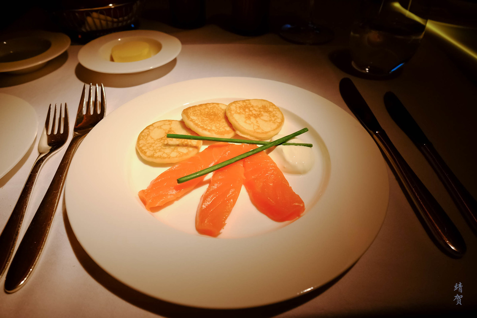 Balik salmon with blinis and sour cream