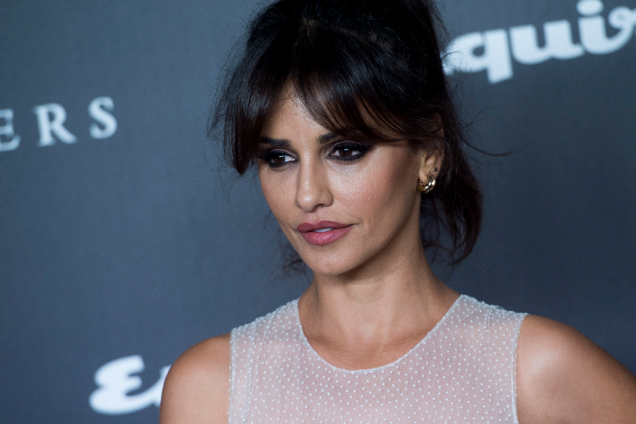 Celebrities Bangs Haircuts: Modern Haircuts With Bangs For Fall Winter! 2