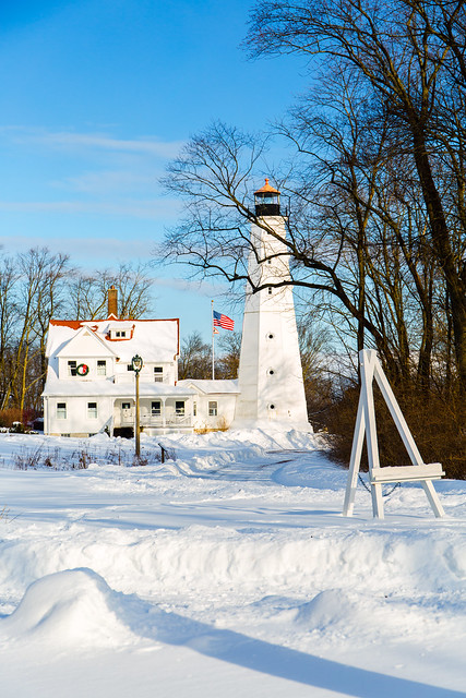 Snowy North Point Light 3