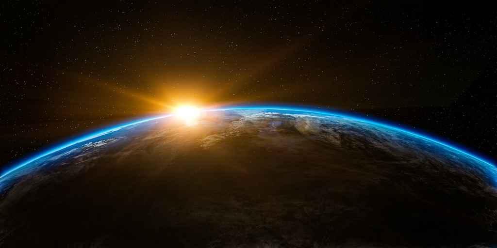 L'atmosphère de la Terre s'étend beaucoup plus loin qu'on le croyait