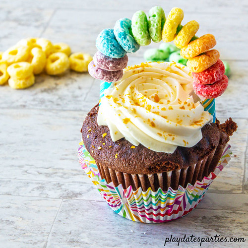 Rainbow-Cupcake-Toppers-In2