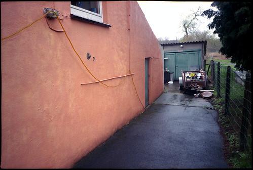 Mur rose. Non. Orange peut-être?