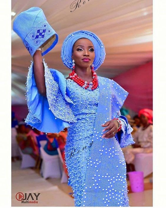 Look At These Beautiful Aso Ebi Styles 2019