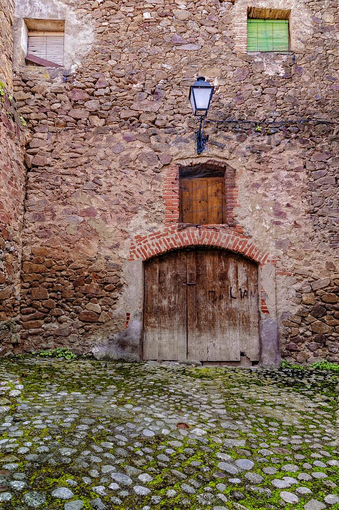 Doble puerta. 46401953814_a0b5e20b99_b