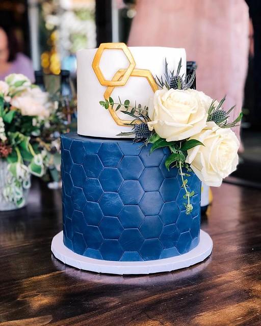 Cake by Amour de Sucre