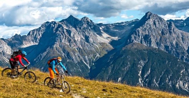 Nádherná švýcarská příroda na kole v Dolním Engadinu
