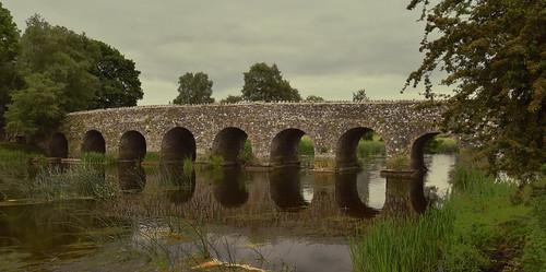Irlande -pont près de  Bective Abbey