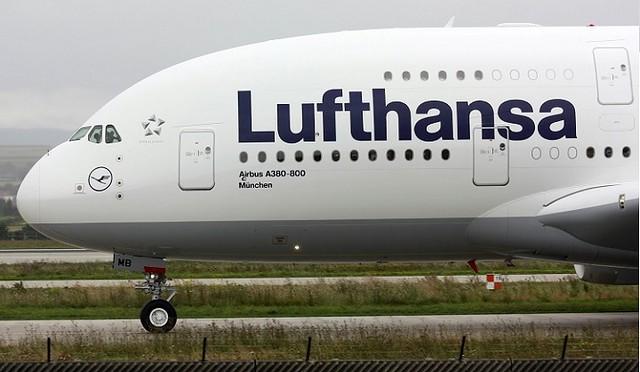 2714 Why do Aeroplanes have round windows. 02jpg