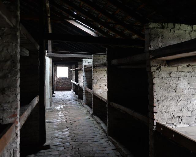 Interior de los barracones de Auschwitz-Birkenau