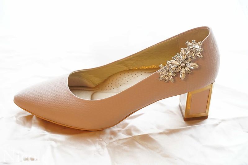 高跟鞋牛仔裙