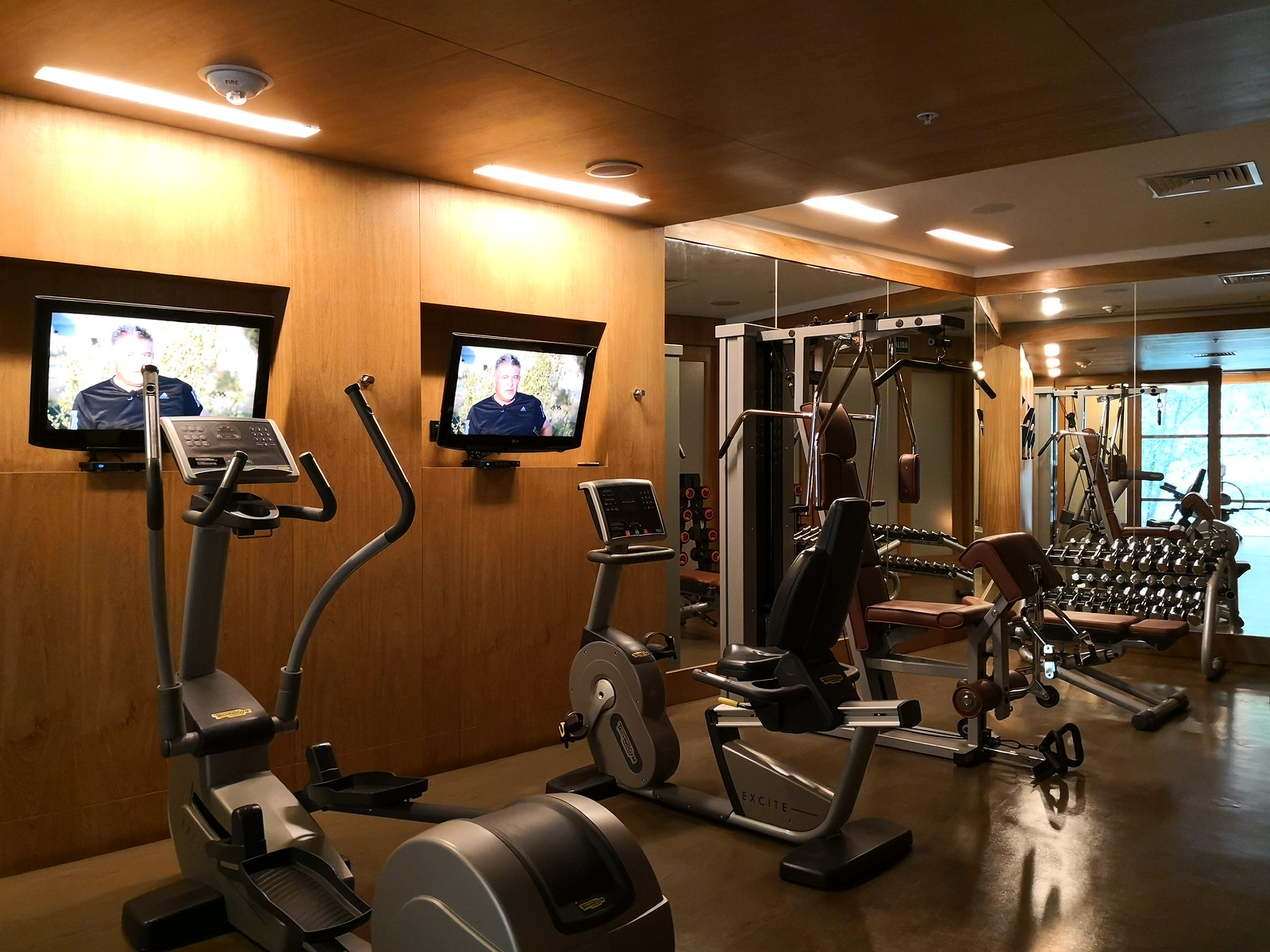 Equipments in the fitness centre