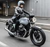 Moto-Guzzi 750 V7 III Milano 2019 - 12