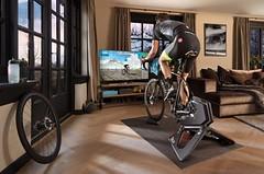 Garmin koupil výrobce cyklistických indoor trenažérů TACX