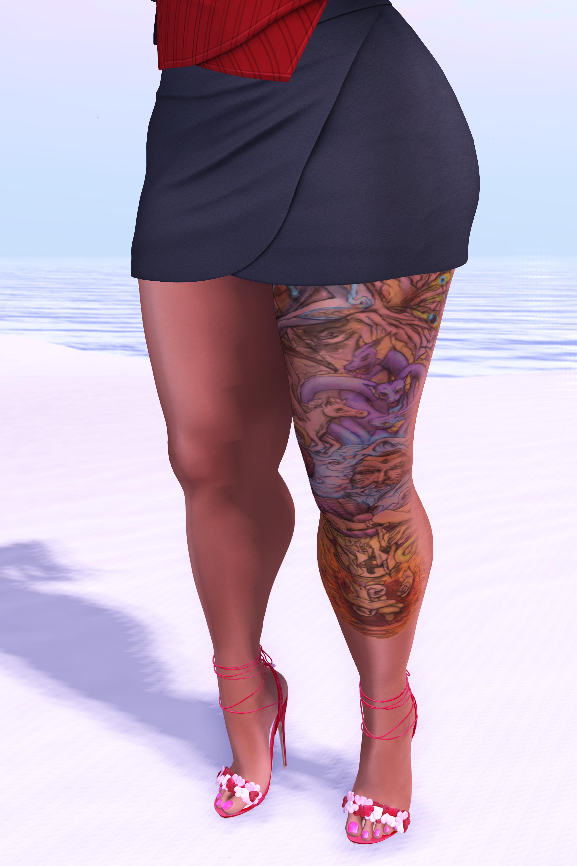 LOTD #15 // Pacifica Fashion - Sandrine Shirt & Jane Black Suede Skirt // Designer Circle Round #3/19