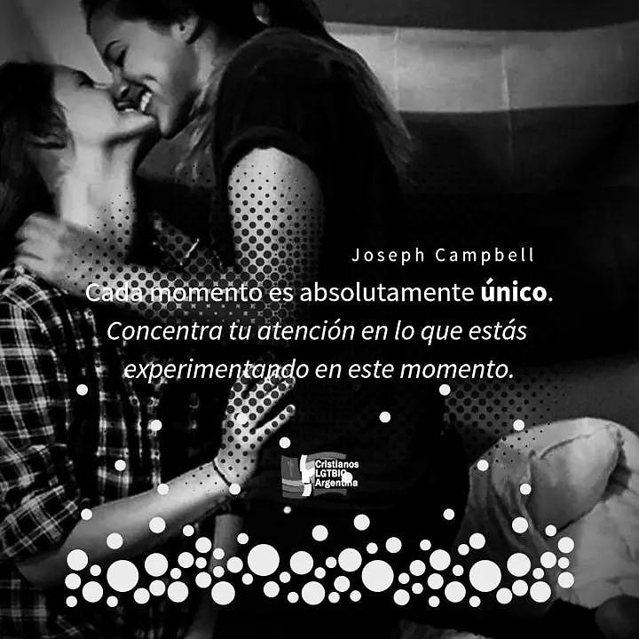 "#BuenJueves Vive el momento! :sunglasses: ""Cada momento es absolutamente único. Concentra tu atención en lo que estás experimentando en este momento."" #JosephCampbell #CristianosLGTBIQArgentina️:rainbow:✝️"