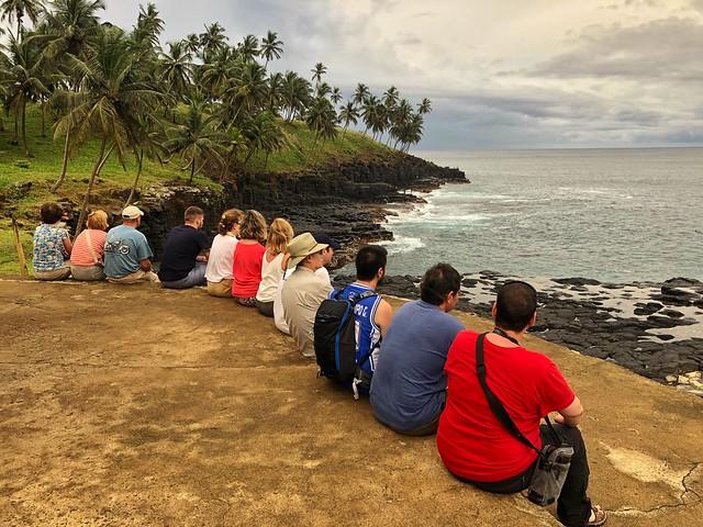El grupo del primer viaje de autor a Santo Tomé y Principe en Boca do Inferno