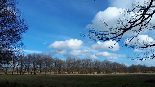 Ketliker Skar, cloudy blue sky