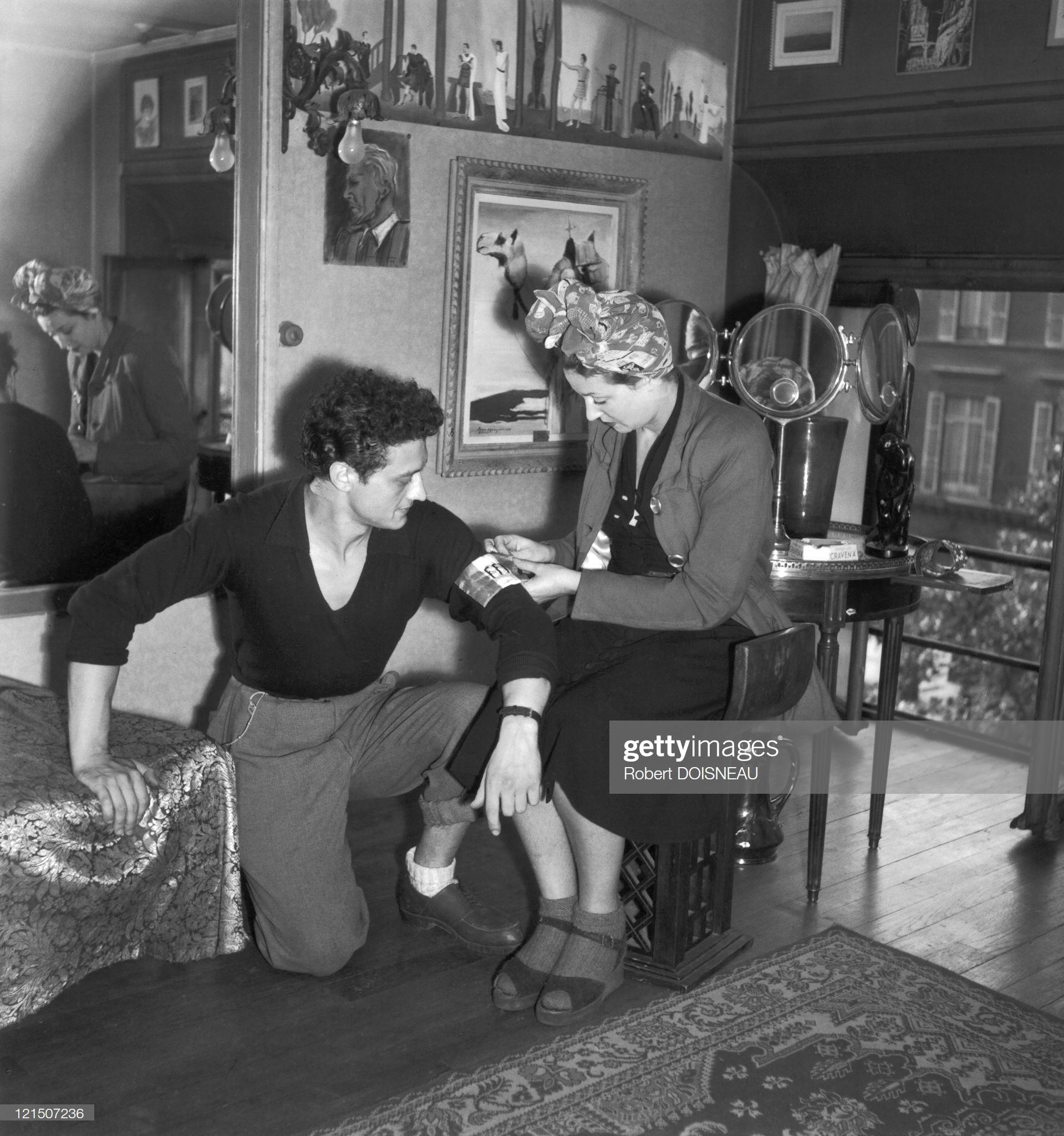 1945. Лиз Деламар с бойцом сопротивления (реконструкция)